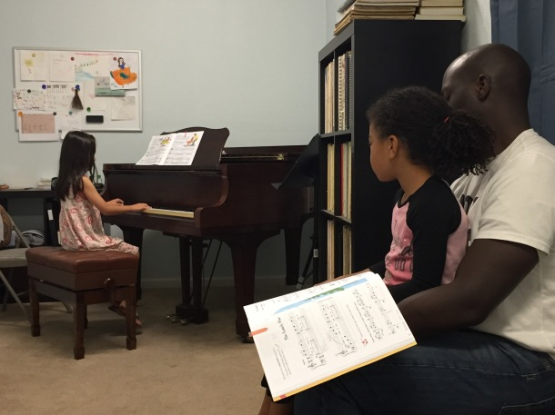 kaila-and-nareya-piano-class